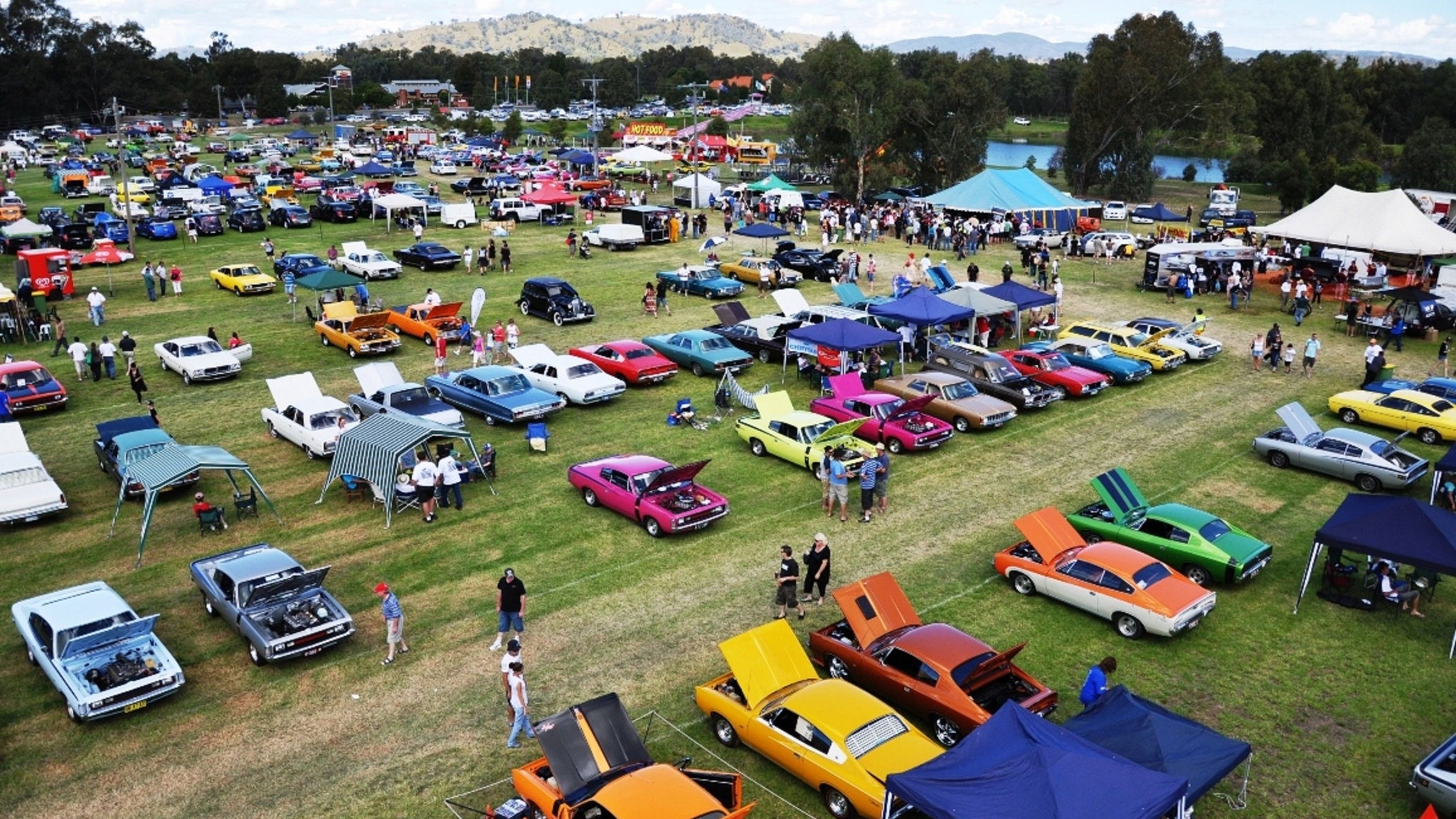 24th annual Chryslers on the Murray