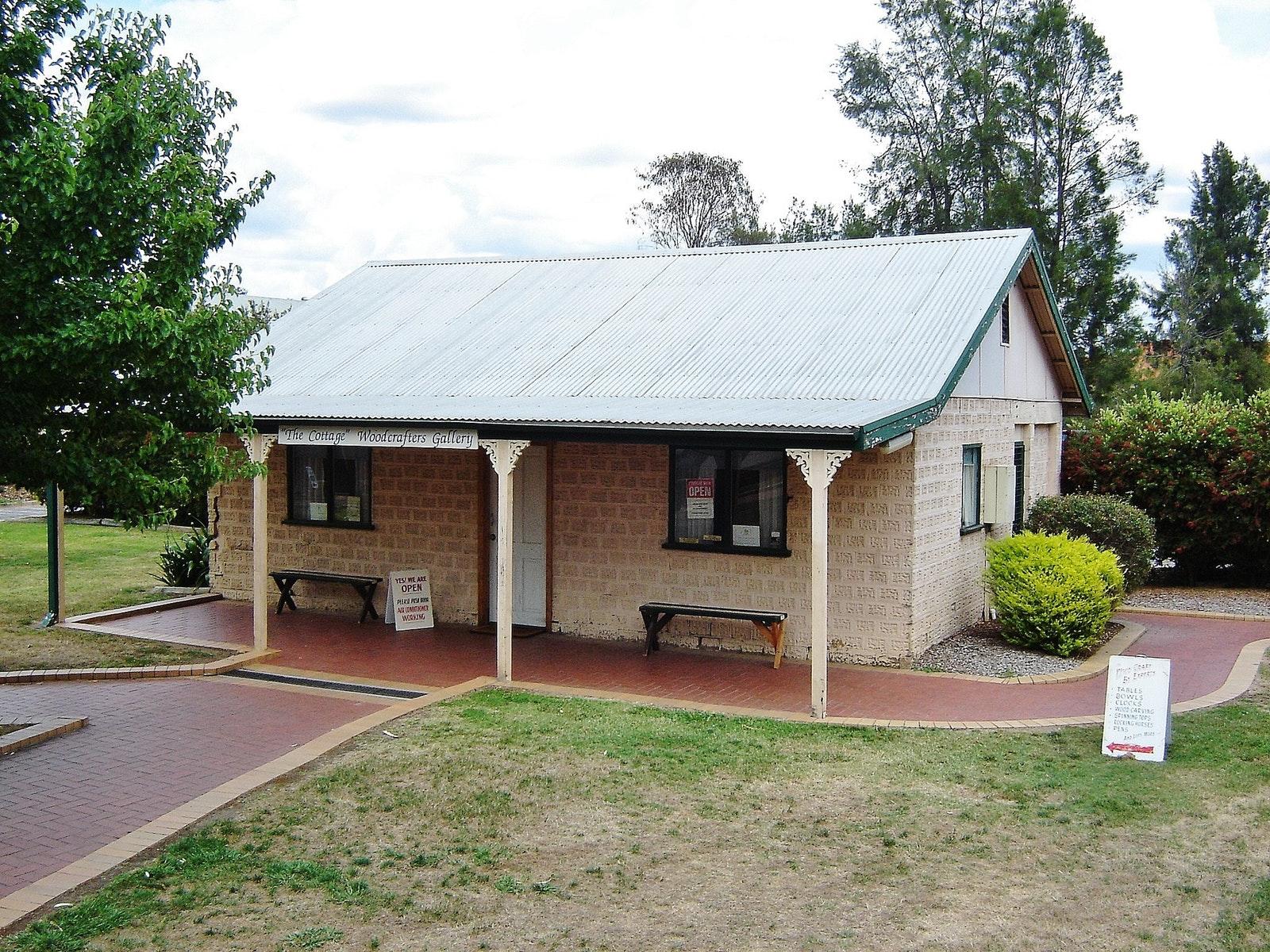 A-WW Inc. Cottage Gallery Shop