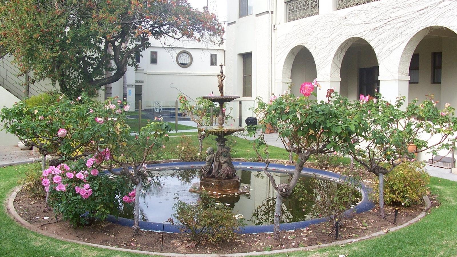 Mildura Grand Hotel - Rose Garden (original Chaffey Fountain)