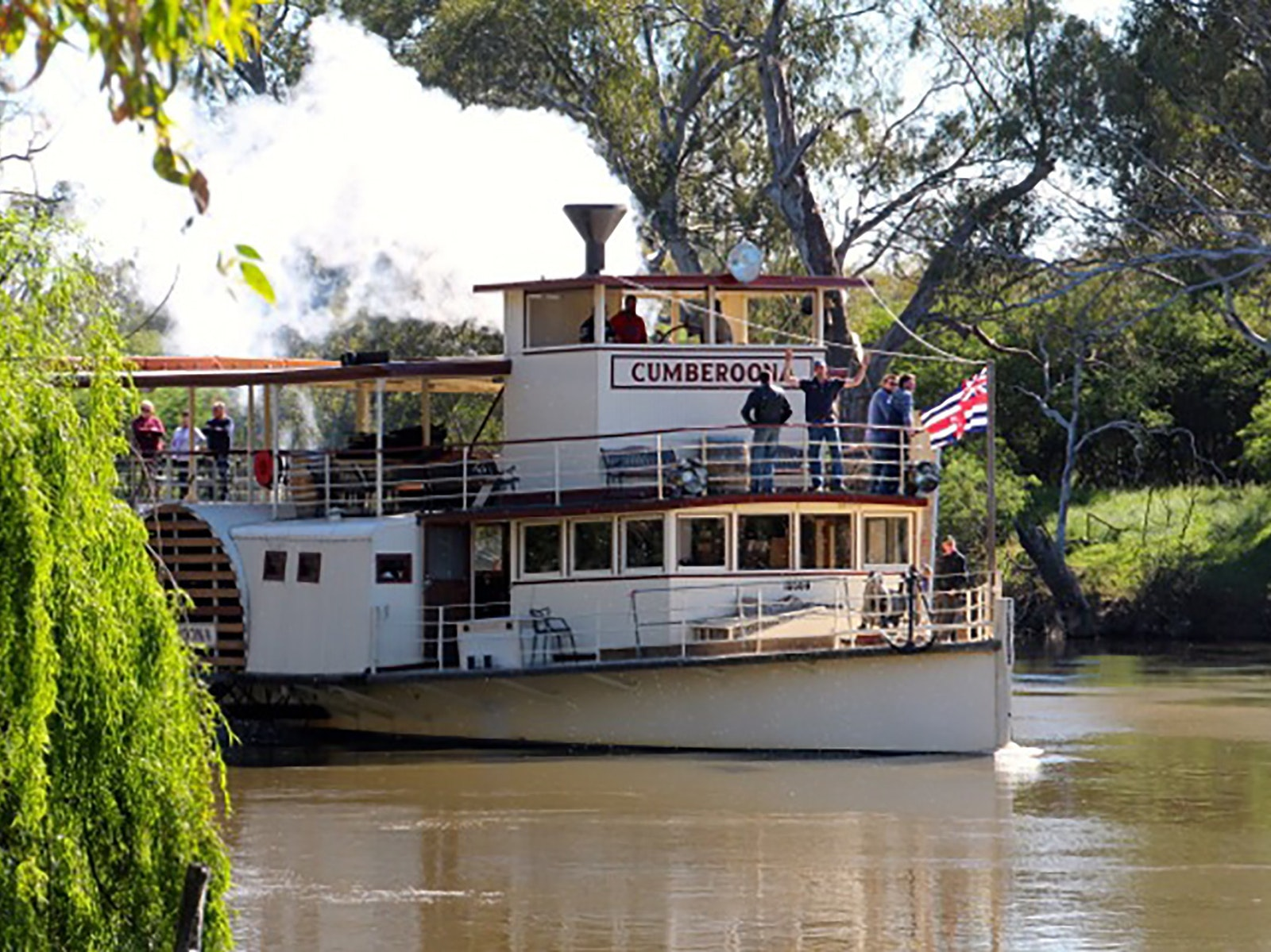 P.S. Cumberoona Yarrawonga to Bundalong Cruise