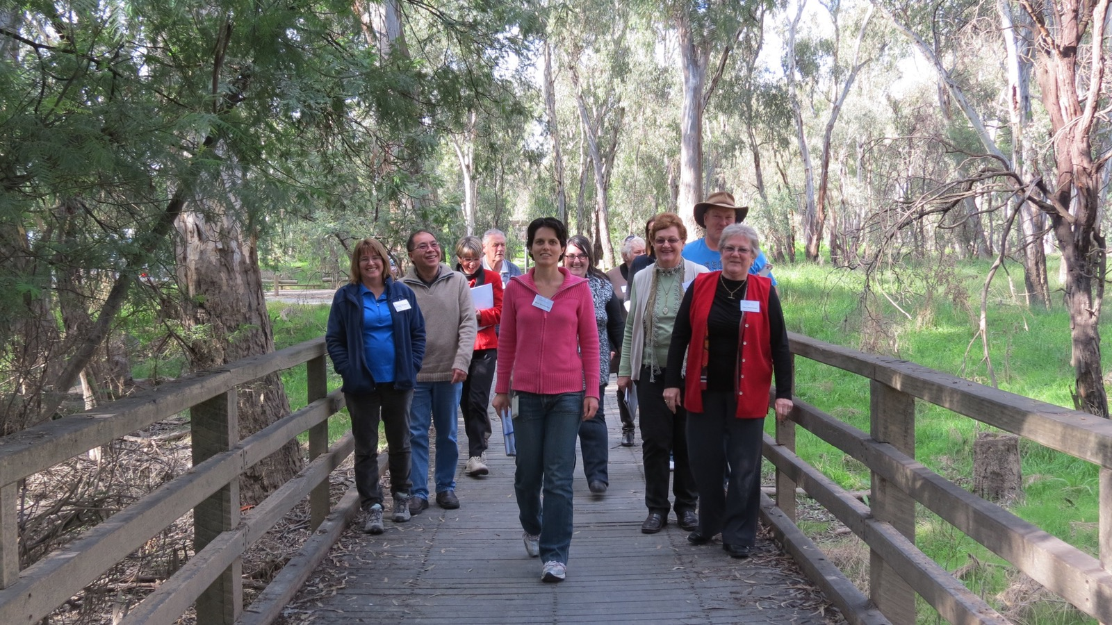 Qualified Tour Guides are available at the Greater Shepparton Visitor Centre