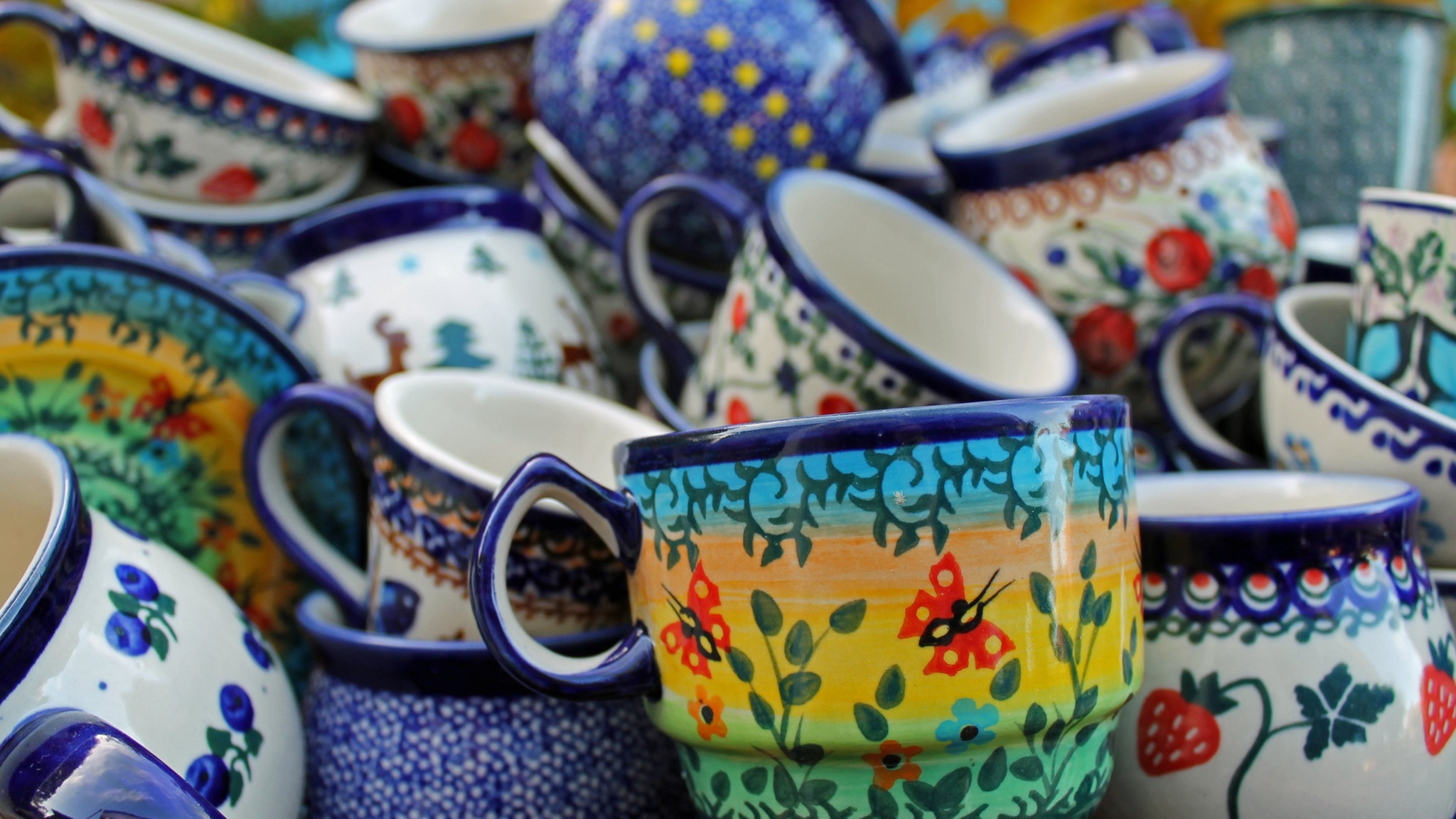 Cups and Mugs