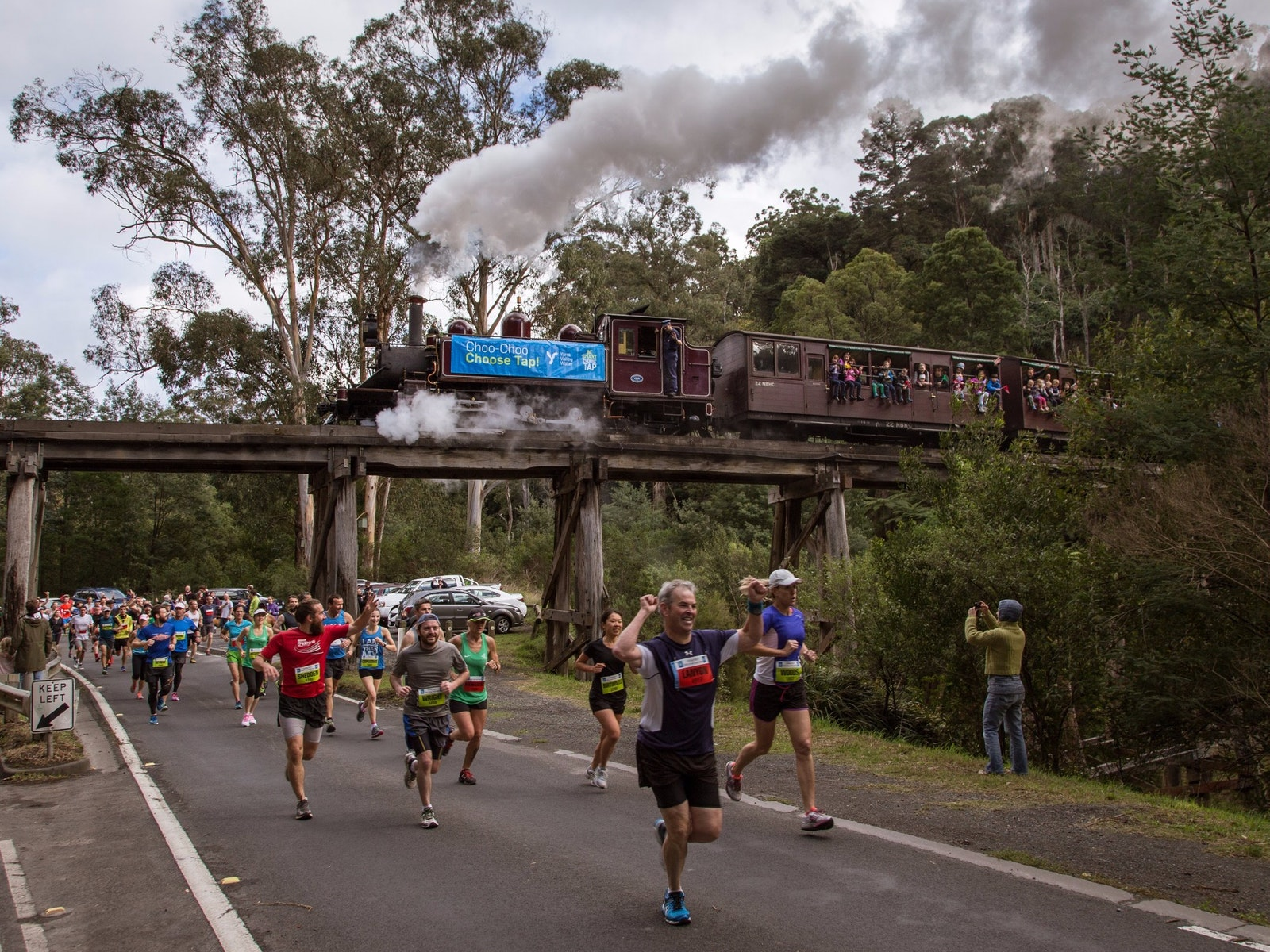 Puffing Billy great train race runners and train