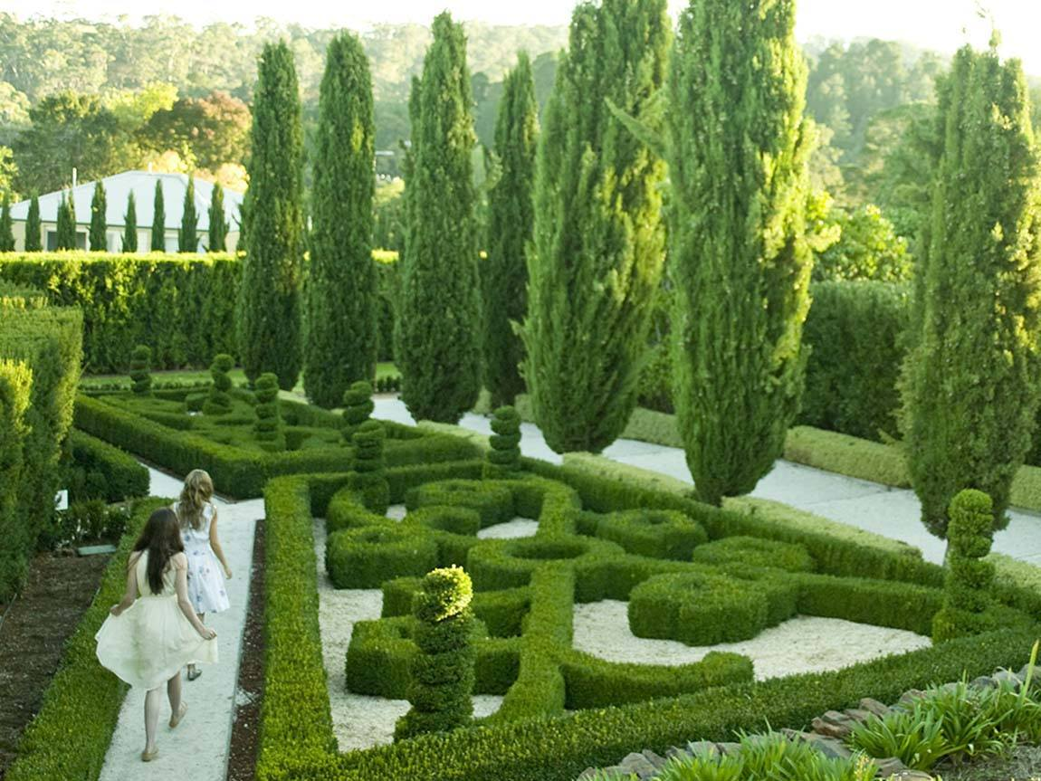 Gardens at Villa Parma, Hepburn Springs, Daylesford and the Macedon Ranges, Victoria, Australia