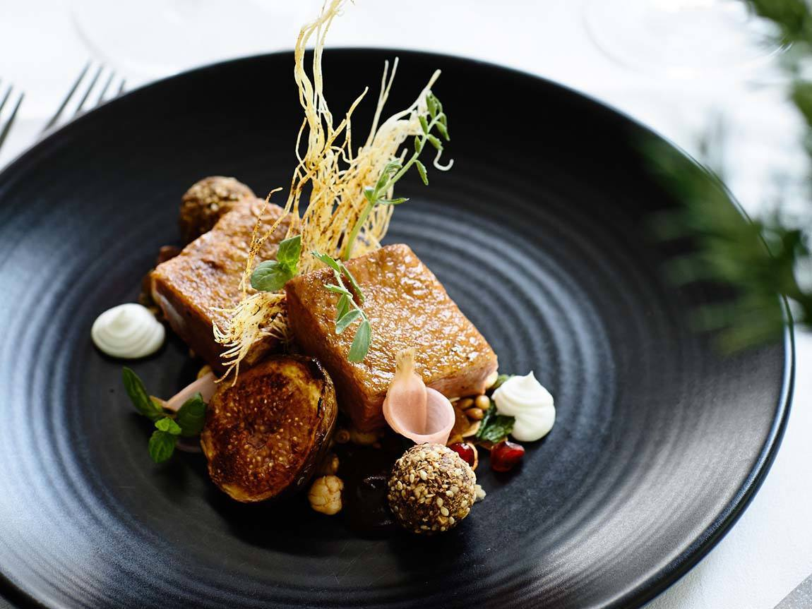 Lake House dining, Daylesford and the Macedon Ranges, Victoria, Australia