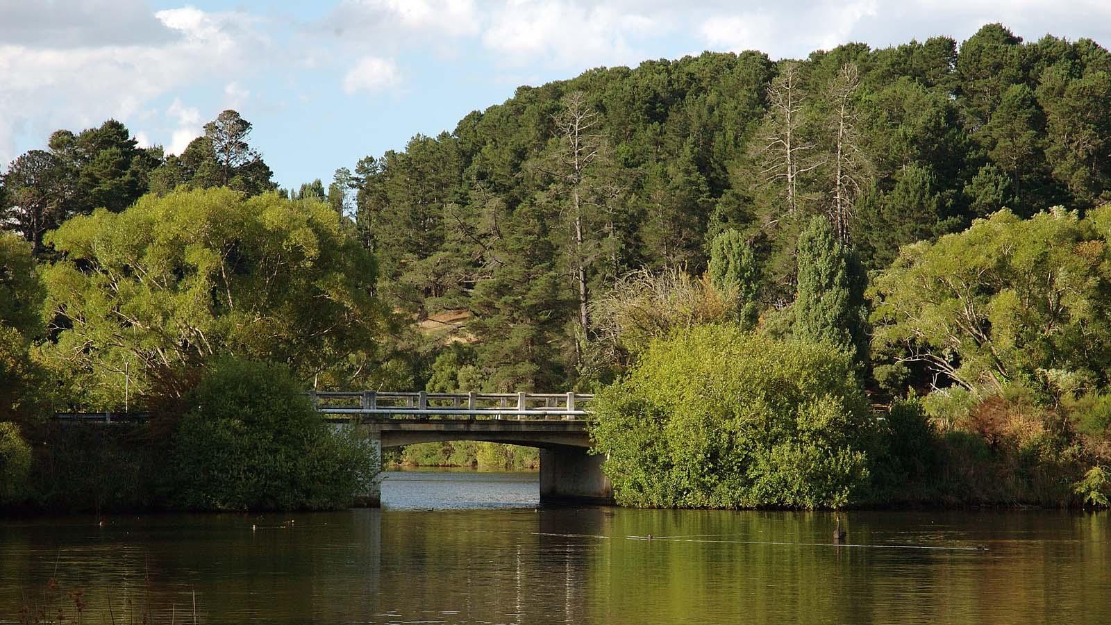 Lake Daylesford, Daylesford and the Macedon Ranges, Victoria, Australia