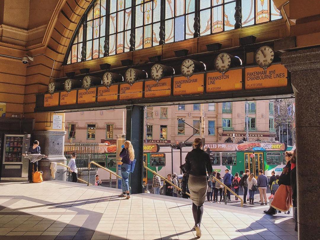Flinders Street Clocks, Melbourne, Victoria, Australia. Credit: Jivebong