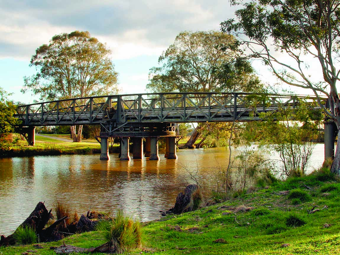 Sale Swing Bridge, Gippsland, Victoria, Australia