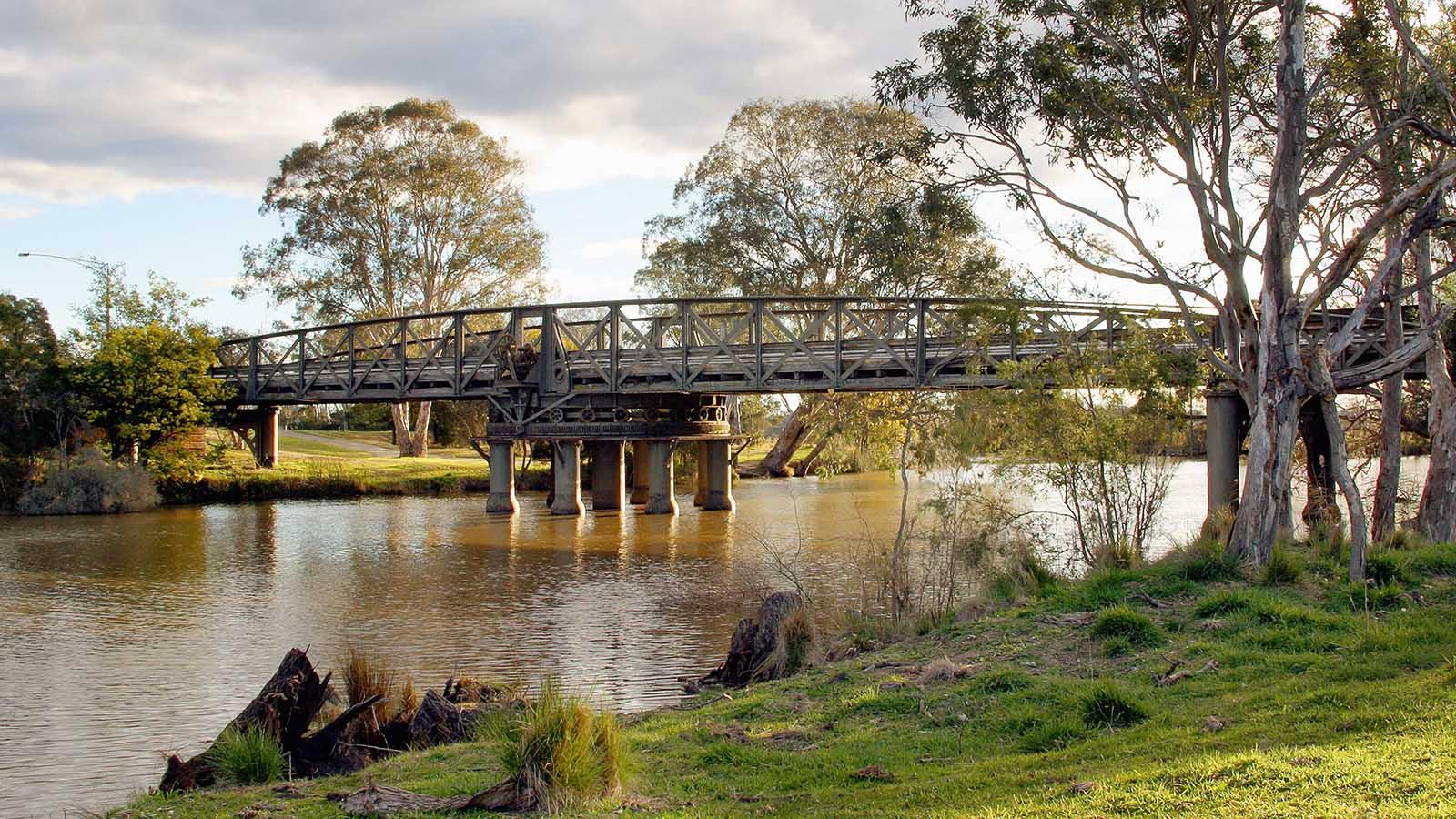 Sale Swing Bridge, Gippsland, Victoria, Australia