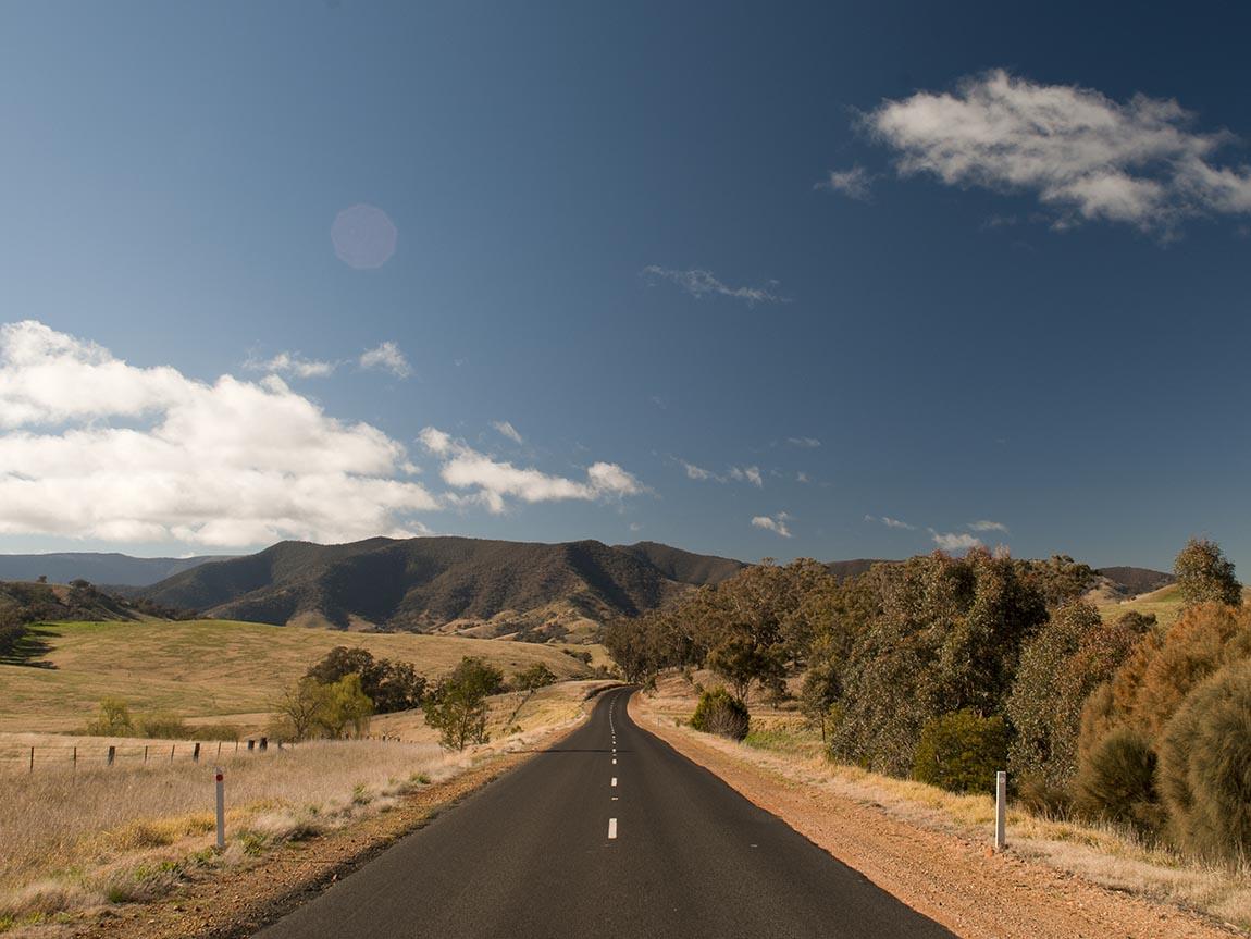 Great Alpine Road, Gippsland, Victoria, Australia