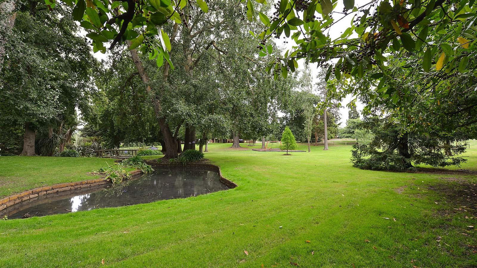 Buninyong Botanic Gardens, Goldfields, Victoria, Australia