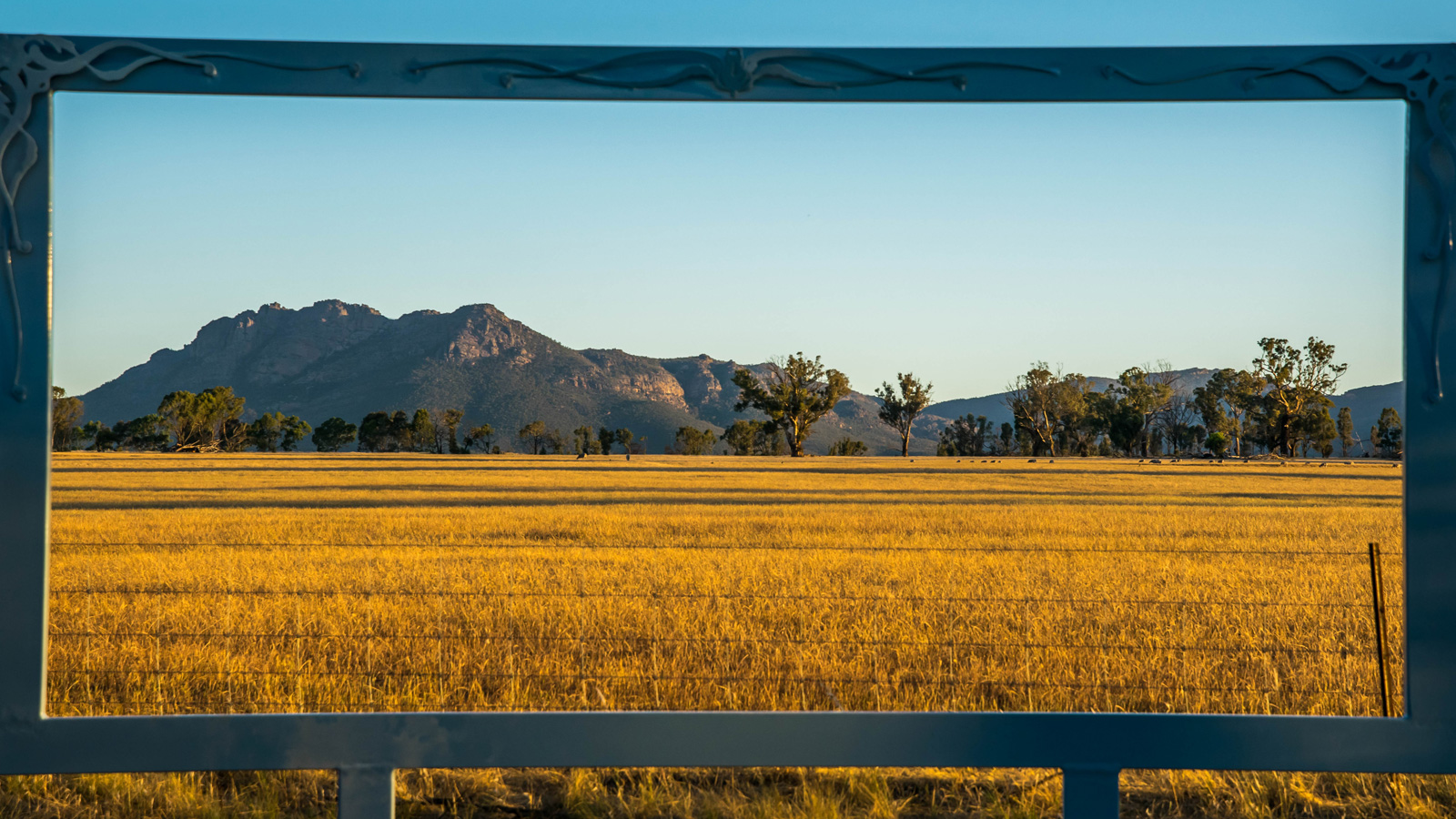 Asses Ears, Framing the Wimmera, Grampians, Victoria, Australia