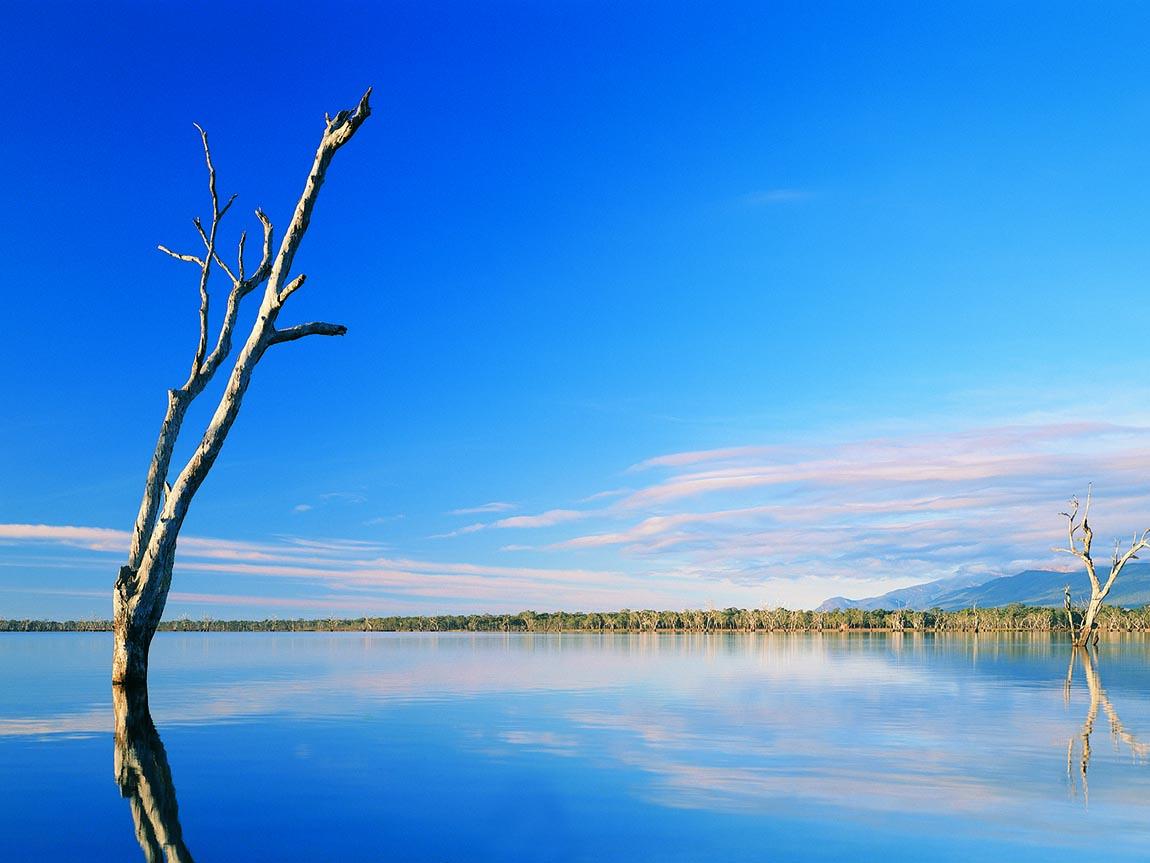 Lake Bellfield, Grampians Victoria, Australia