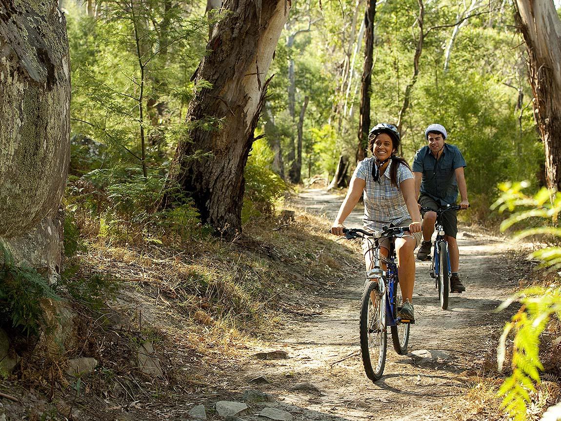 Cycling, Grampians, Victoria, Australia