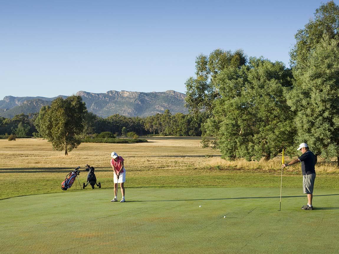 Halls Gap Golf Course, Grampians, Victoria, Australia