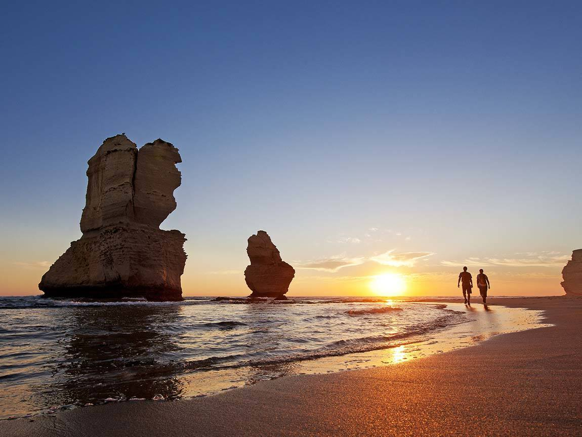 Sunset at the 12 Apostles, Great Ocean Road, Victoria, Australia