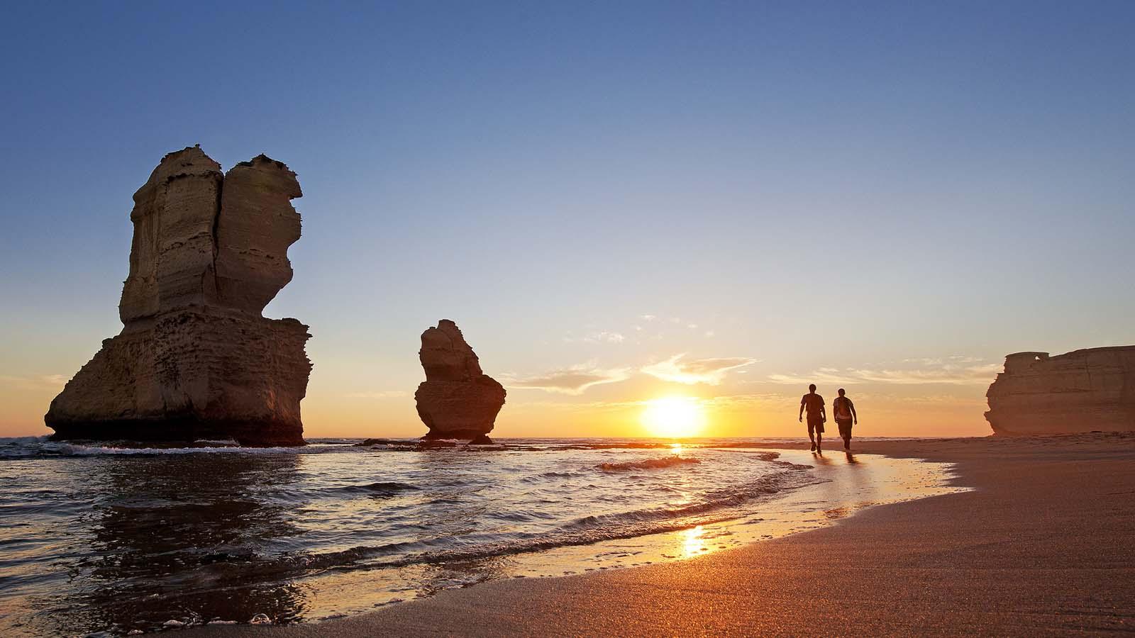 Sunset at the 12 Apostles, Great Ocean Road, Victoria, Australia