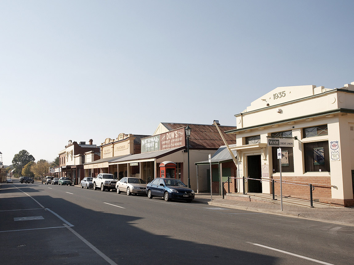 Chiltern streetscape, High Country, Victoria, Australia