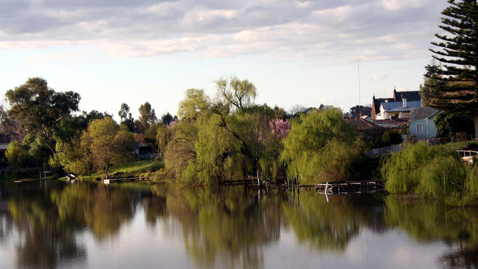 Lake Nagambie, High Country, Victoria, Australia