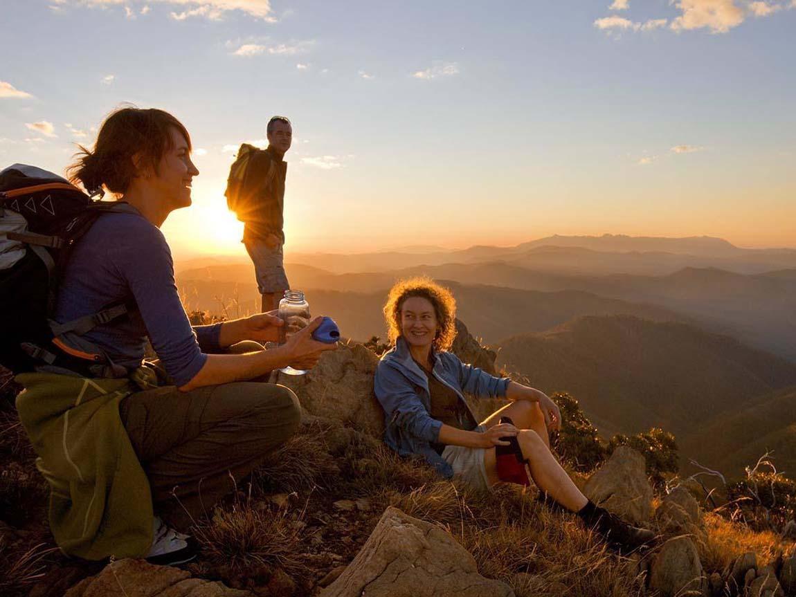 Bucket List Adventures: 4 Trails for Hiking in Australia ... |Hiking Australia