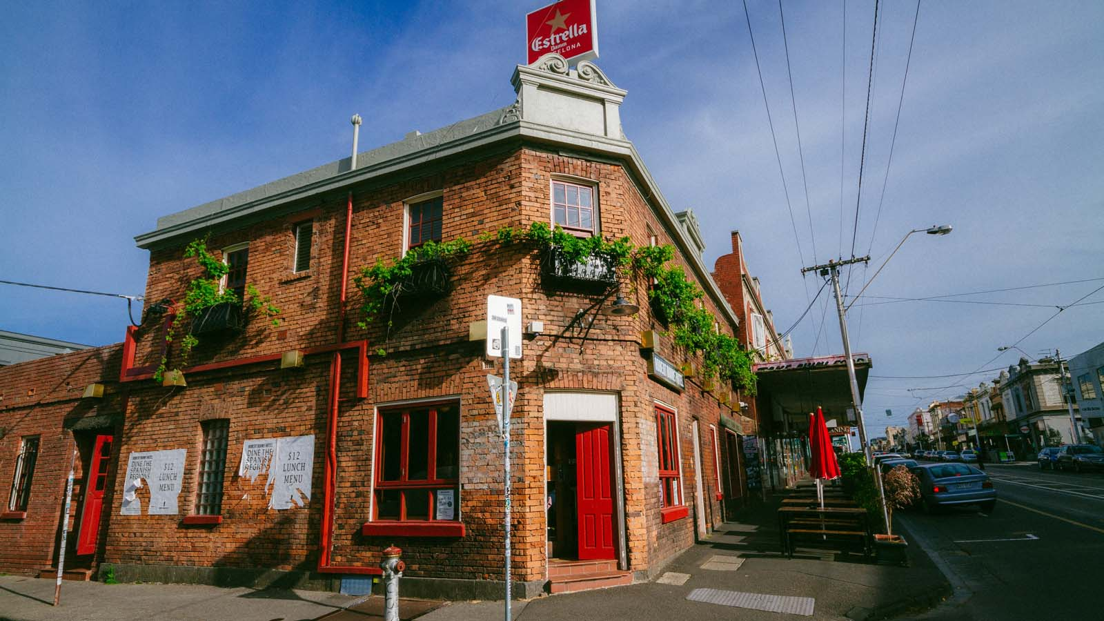 Robert Burns Hotel, Collingwood, Melbourne, Victoria, Australia. Photo: Robert Seba