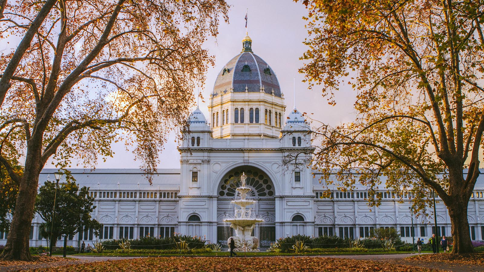 Royal Exhibition Building in autumn, Melbourne, Victoria, Australia. Photo: Robert Seba