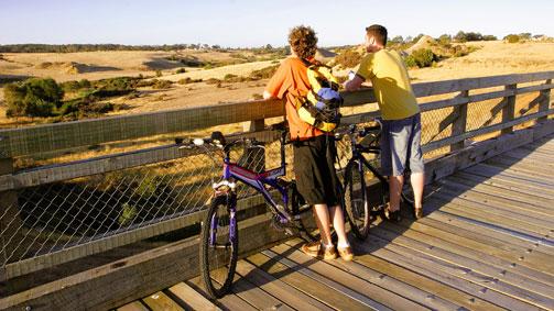 Ballarat-Skipton Rail Trail, Goldfields, Victoria, Australia