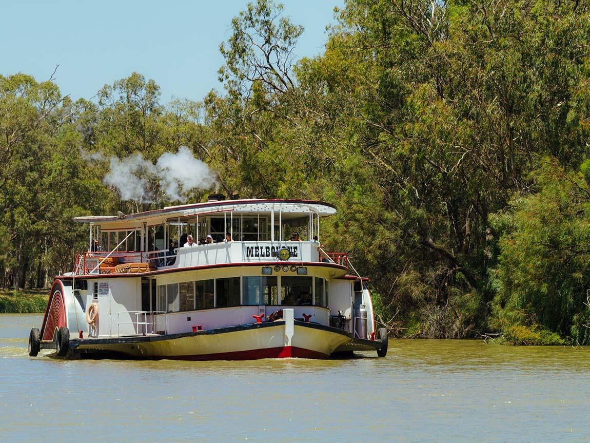Mildura Paddlesteamers, The Murray, Victoria, Australia. Image: Roberto Seba