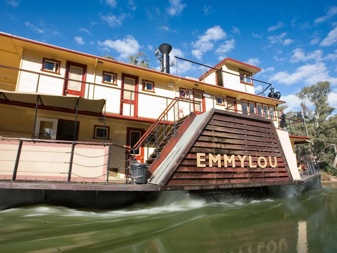 PS <em>Emmylou</em> on the Murray River at Echuca, The Murray, Victoria, Australia