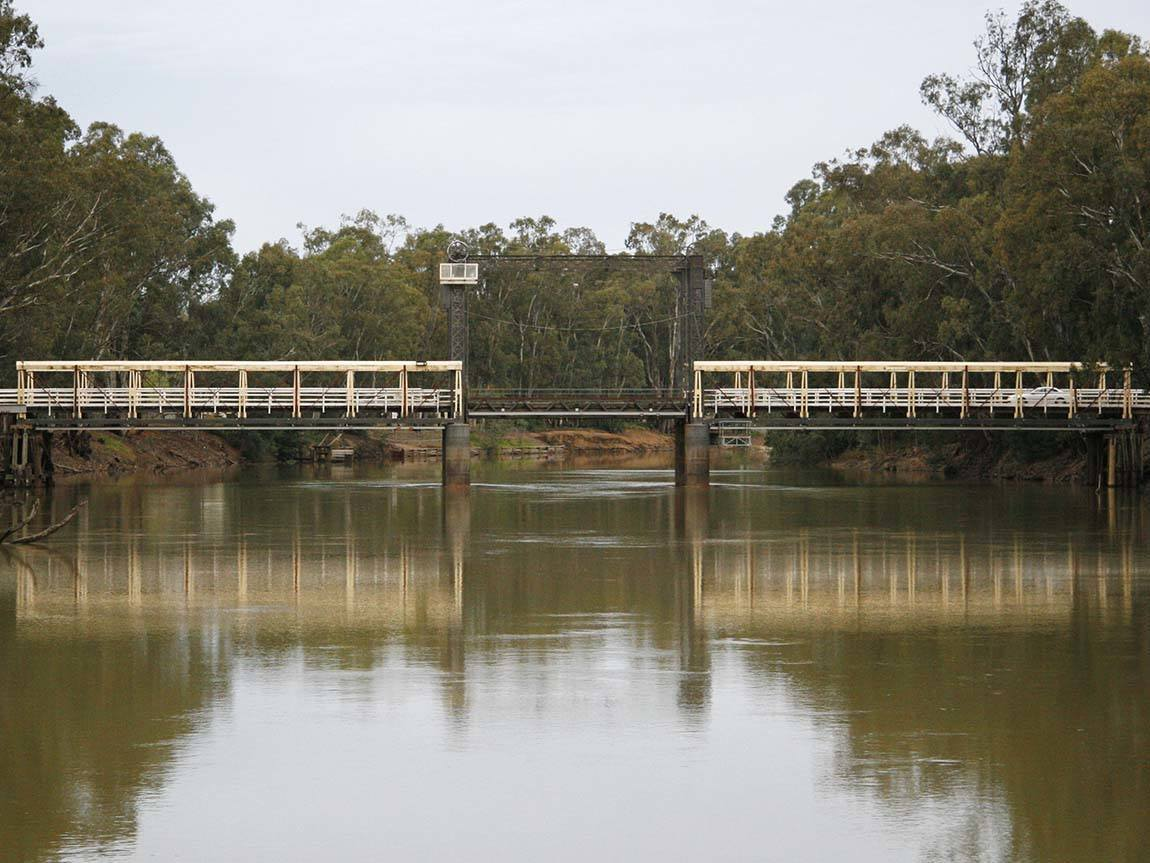 Barham Bridge on the Murray River, The Murray, Victoria, Australia