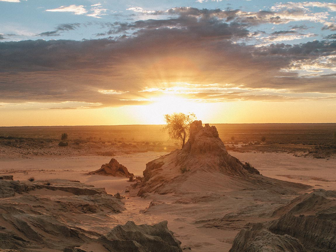 Mungo National Park, The Murray, Victoria, Australia