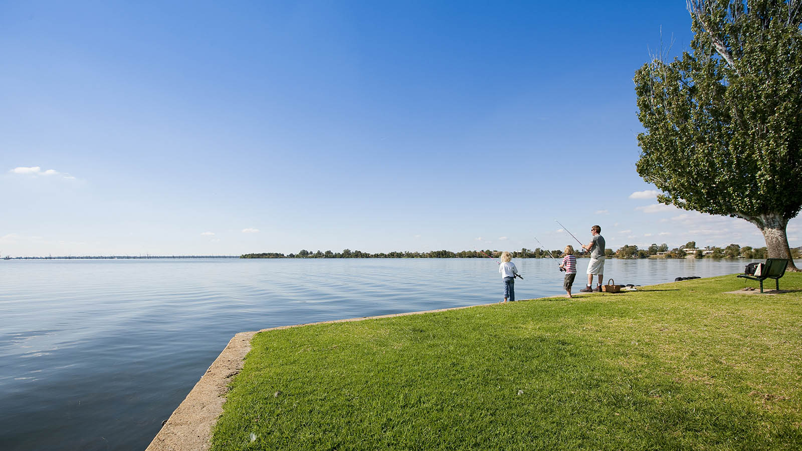 Fishing at Lake Mulwala, The Murray, Victoria, Australia
