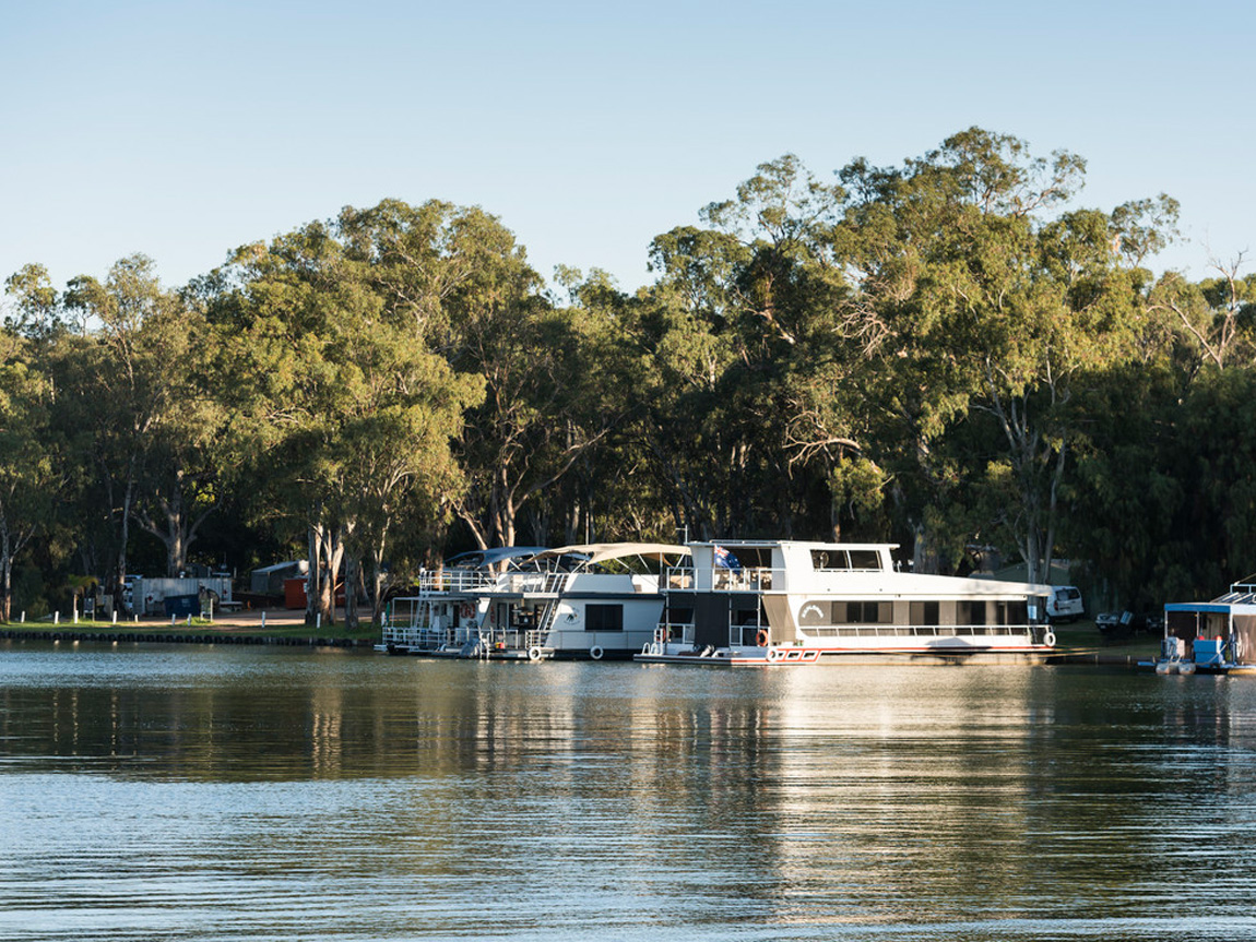 Houseboats, Murray River, Victoria, Australia