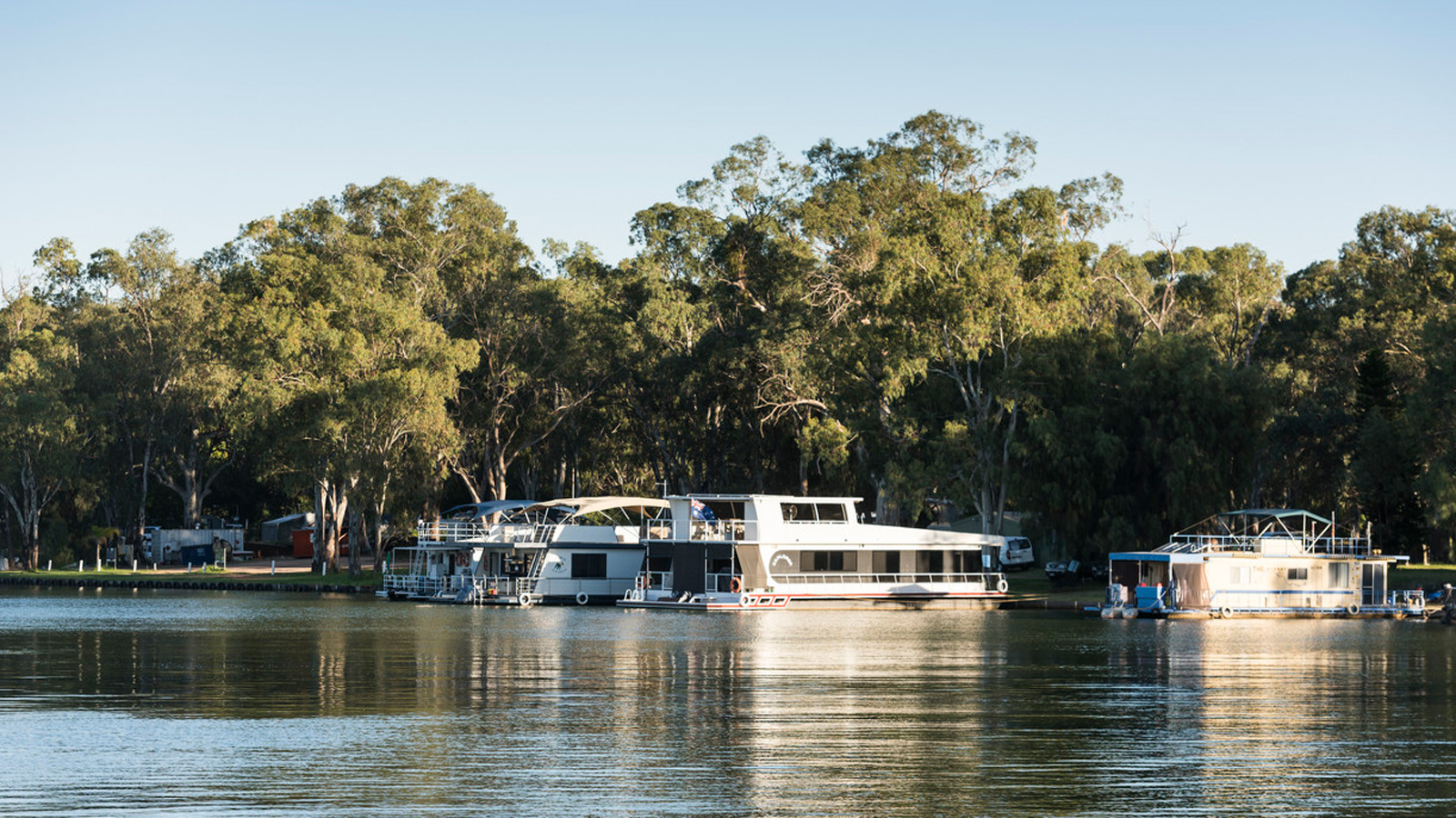 Houseboats, Murray River, Victoria, Australia